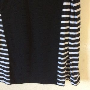 Sanctuary Tops - CONSIGNED SANCTUARY striped Short Sleeve Tee